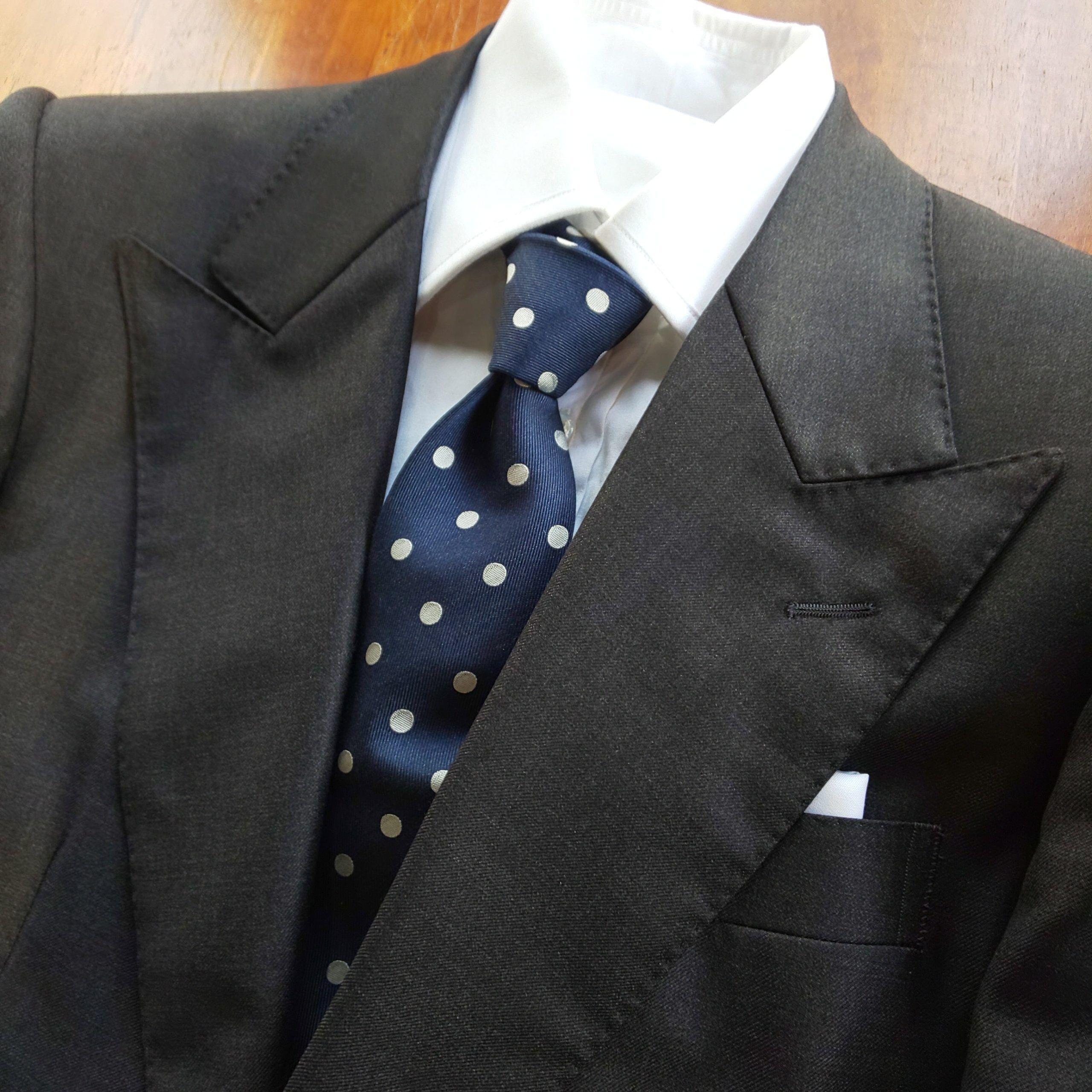 min scaled - グレーのスーツをオーダーするのが新しい!?