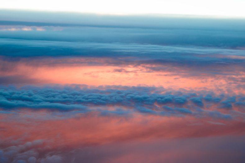 789x526 - 曇りはてず又夕ばえぬ春の雲 春の空に浮かぶ雲をいう