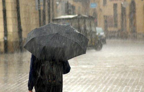 2020.7.16 1 500x320 - 絶対にやってはいけない?雨に濡れたスーツの対策