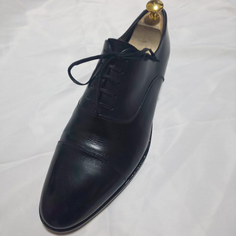DSC 0007 789x789 - ネイビースーツに黒の革靴−ストレートチップ−