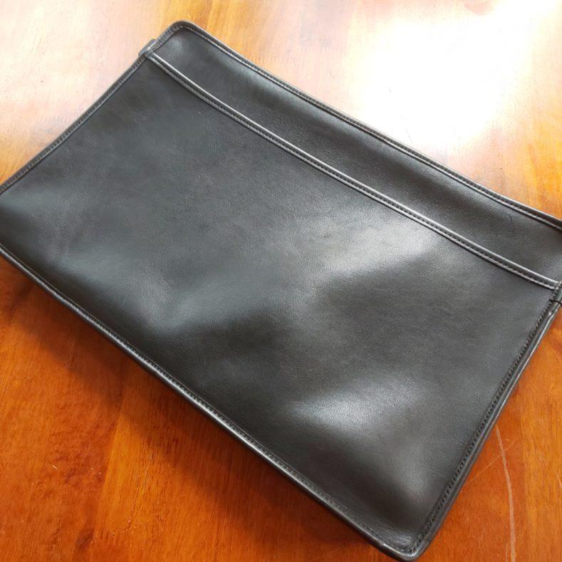 DSC 0035 789x789 - スーツに合わせる鞄