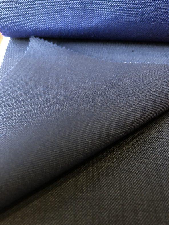 IMG 5280 592x789 - 卒業式、どんなスーツ着ますか?