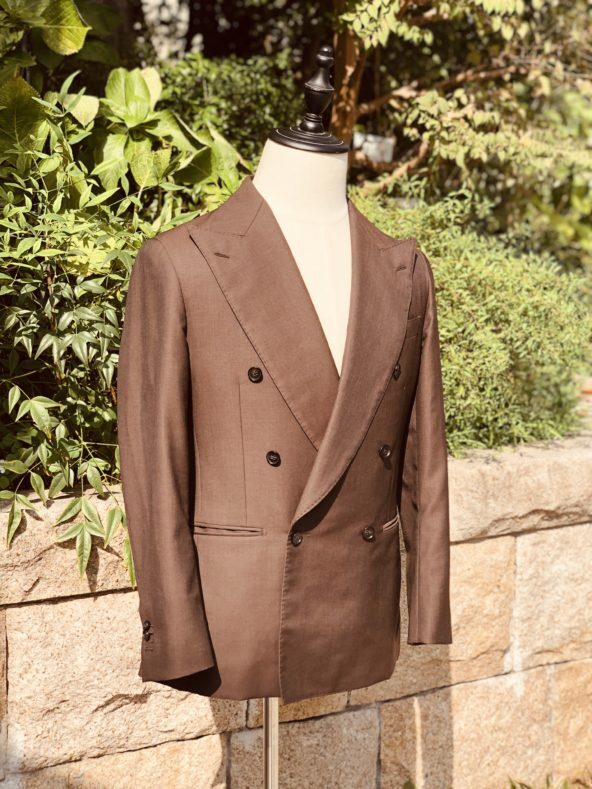 IMG 8366 592x789 - 今季は『ブラウン』を軸としたスーツスタイルです【2021 秋冬】