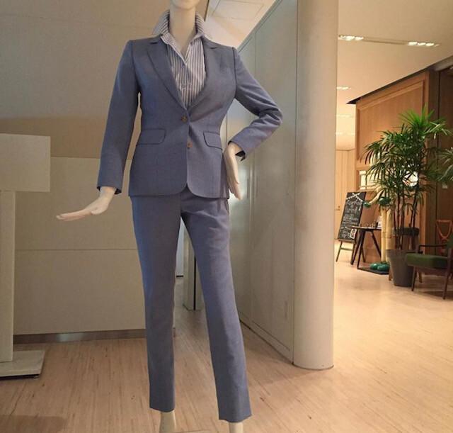 burogu - レディーススーツのパンツのシルエットは何がオススメ?