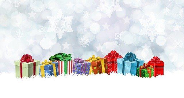 gift 3030279 640 - 【女性必見】社会人に送るプレゼントのススメ🎁