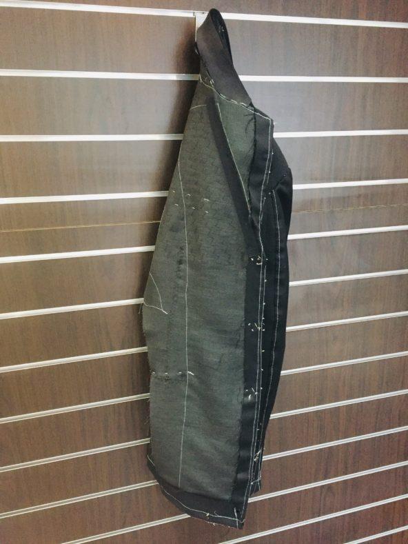 image1 6 6 592x789 - ナポリを体感するなら『スティレ・ラティーノ』のスーツ