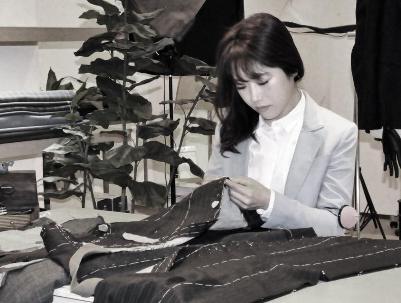 iwatasan sepia 72 789x596 - SARTO KLEIS Business Service