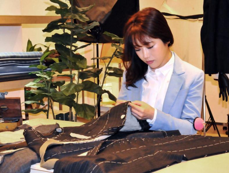 iwatasan 72 789x596 - 初めてのオーダースーツで失敗しない3つのコツ