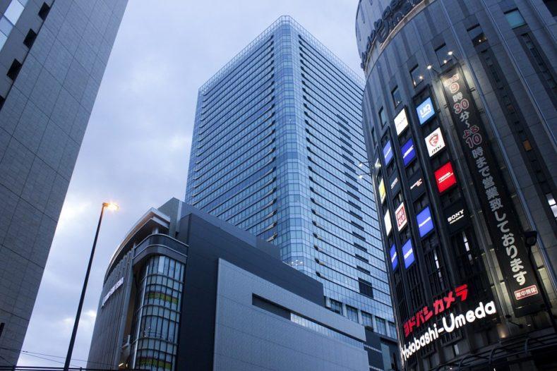 osaka building 789x526 - 大阪・梅田で高品質かつおしゃれなオーダースーツが作れるらしい!