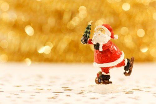 santa claus 2918 640 500x333 - クリスマスのプレゼントにオーダースーツのギフト