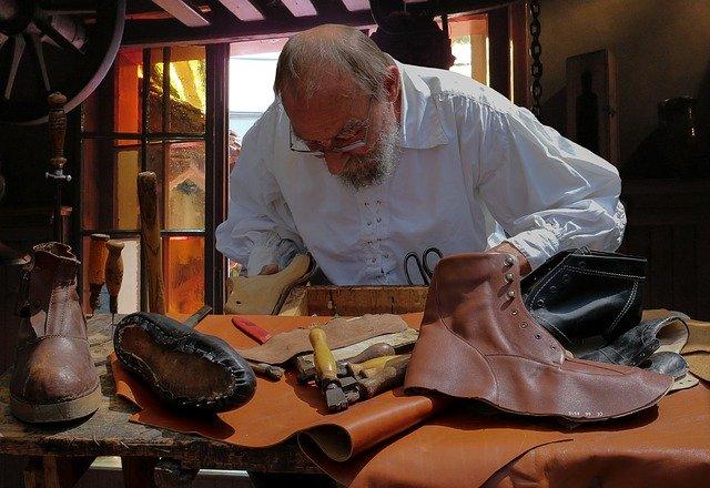 shoemaker 852994 640 - ビスポークシューズの魅力