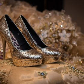 "shoes 1468818 960 720 280x280 - 《着こなし紹介》女性のビジネススーツは""楽しんだもん勝ち"""