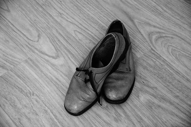 shoes 1562487 640 - 靴から始めるスタイリング